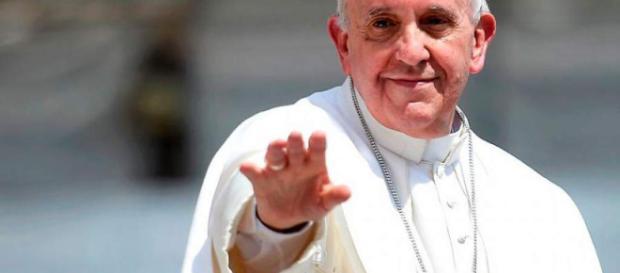 Asesor del papa Francisco lo critica por comentario en Chile. - elheraldo.hn
