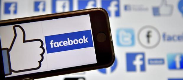 Daten-Skandal: Politik will Antworten von Facebook zu Cambridge ... - rp-online.de