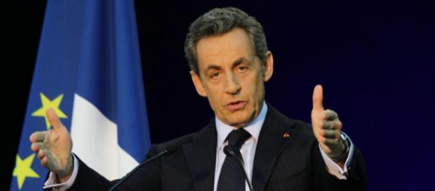 Les politiques restent prudents sur le cas Sarkozy