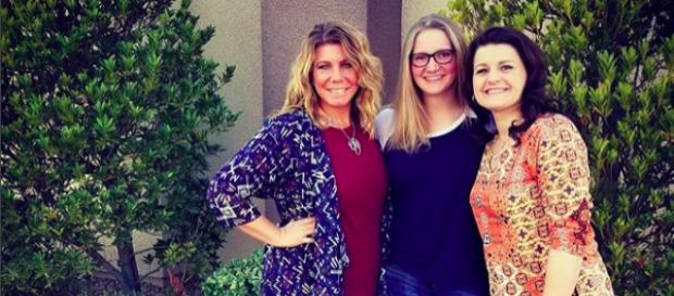 Meri, Robyn, and Ysabel [Image via Meri Brown/Instagram]