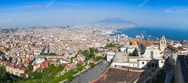 Vista panorámica de la ciudad de Nápoles, Italia — Foto de stock ... - depositphotos.com
