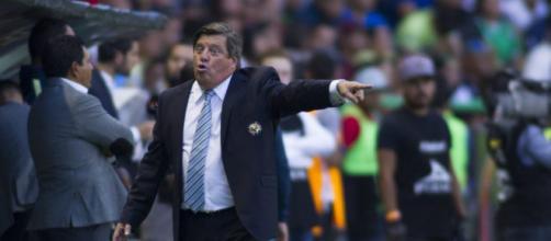 Miguel Herrera y su jugador Bruno Valdez tendrán que pagar su sanción.
