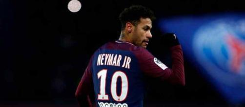 Neymar continua se recuperando de lesão