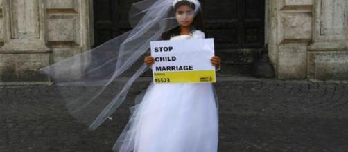 No al matrimonio infantil: (Copyright https://www.express.co.uk/news)