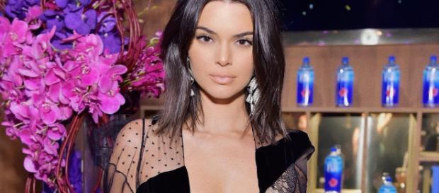 Kendall Jenner responde los rumores sobre su homosexualidad ... - viajarconmusica.com