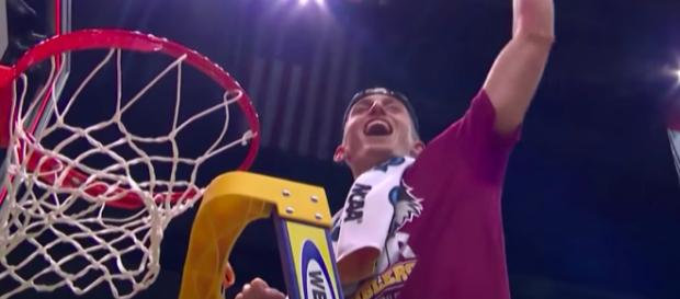 No. 11 Loyola-Chicago Ramblers celebrate their victory over Kansas State to reach the Final Four. [image source: CBS Sports/YouTube]