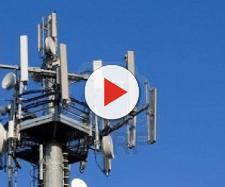 Le antenne dei cellulari causano tumori. Uno studio italiano lo conferma