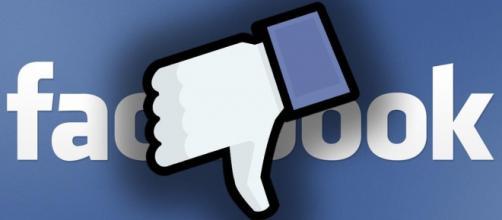 Facebook crolla a Wall Street, lo scandalo pesa - giornalistitalia.it