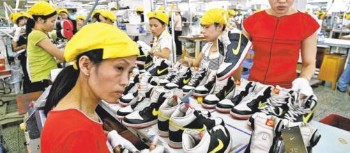 Nike aún lucha con las sombras de su mala imagen - Revista ... - estrategiaynegocios.net
