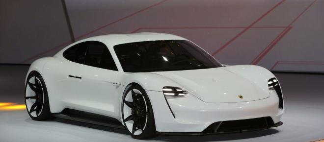 El primer auto eléctrico de Porsche sale a la venta en 2019