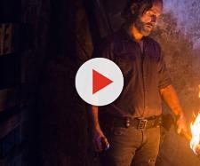 Rick queimando o taco de Negan, Lucille.