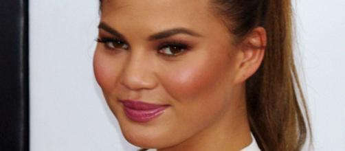 Chrissy Teigen defends her choice to keep her last name. - [Image via Wikimedia Commons - David Shankbone]
