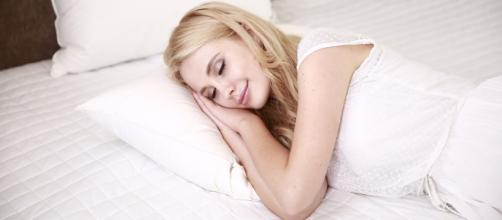 Dormir bien alimenta tu piel y facilita un mejor aprovechamiento de los tratamientos cosméticos