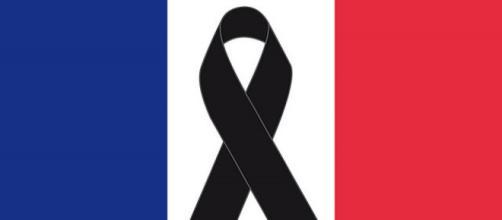 Francia está de luto tras el atentado al supermercado en Trèbes por parte de un terrorista islamista.