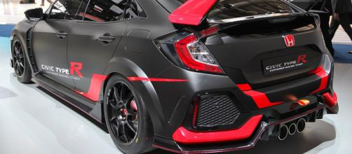 New Honda civic type R image by Alexander Migl via wikimedia
