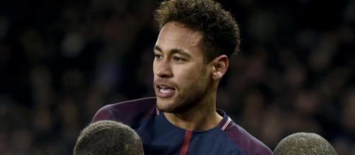 Neymar tem futuro ainda por definir