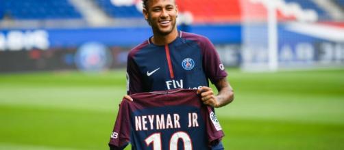 PSG pagó 222 millones de euros por Neymar