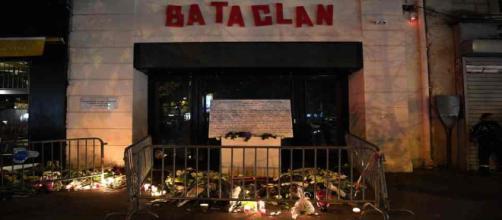 Une fausse victime des attentas du 13 novembre 2015 à Paris écope d'une peine de 4 ans et demi de prison ferme