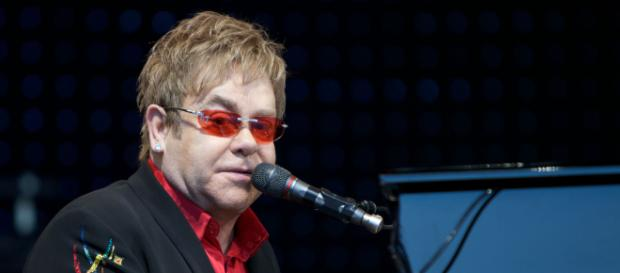 Elton John called out by Rod Stewart. [Image Credit: Flickr]