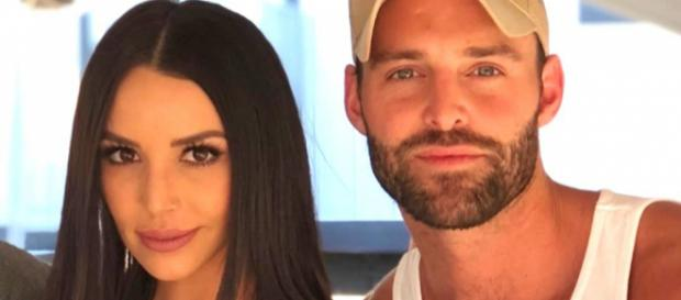 Scheana Marie hangs with Robby Hayes. [Photo via Instagram]