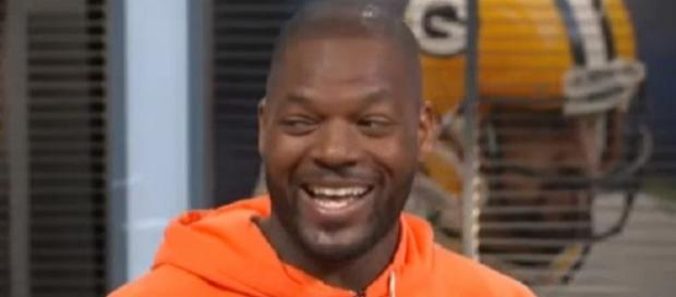 The Patriots released Martellus Bennett to clear salary cap room (Image Credit: CStandBy Below/YouTube)