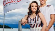 Larissa Manoela curte namorado na Ilha de Caras e faz revelações surpreendentes