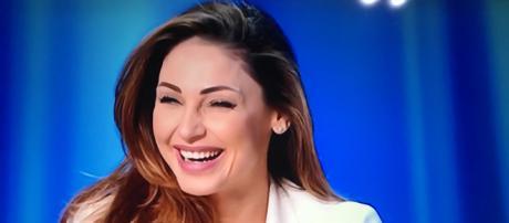 Anna Tatangelo ospite al Maurizio Costanzo Show