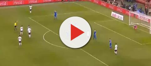 Mexico plays Iceland in a match. - [AppKoraHD-TV / YouTube screencap]