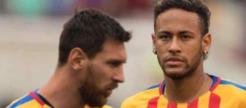 Leo Messi não quer ver seu amigo no rival.