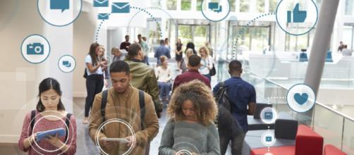 Los Millennials adoptan cualquier tecnología que les permita usar dispositivos móviles para planes de viaje.