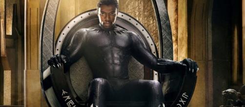 Pantera Negra refresca el universo Marvel con acción.