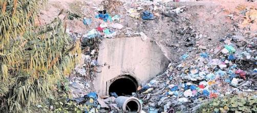 Saneamiento del Riachuelo: No logran que las industrias dejen de ... - clarin.com