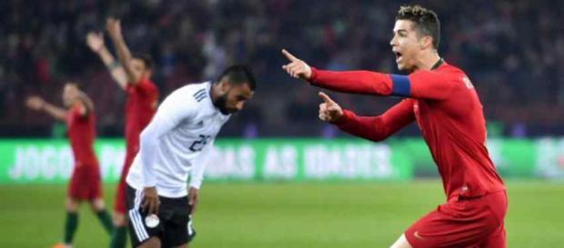 Cristiano Ronaldo foi protagonista na partida de seleções