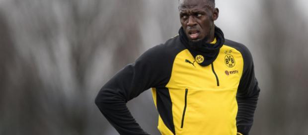 Usain Bolt entrenando con el Borussia