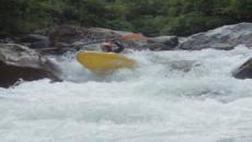 4 increíbles ríos para el rafting en aguas bravas en América