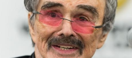 Burt Reynolds, 82, a true Hollywood icon reveals his one true love as Sally Field. [Image Credit: YouTube/Looper]