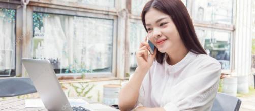La población joven y conocedora de la tecnología de Vietnam está recurriendo a internet para escapar de un sistema economico reprimido