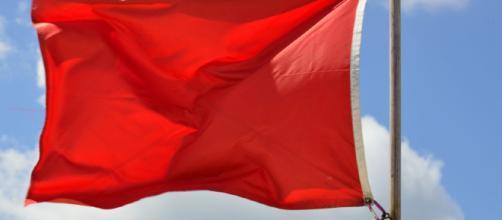 Las Banderas Rojas para Identificar a un(a) Narcisista
