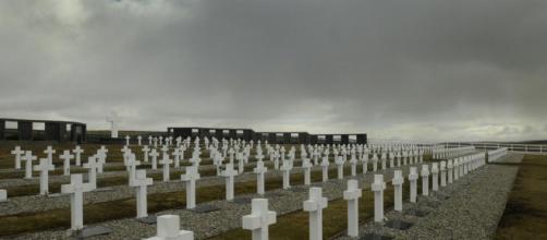 Las tumbas de Malvinas que ya tienen nombre. - clarin.com