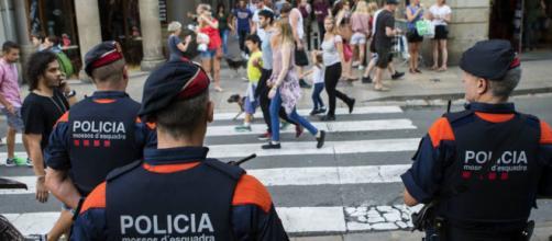 Referéndum Cataluña 1-O: Carta de un mosso a Puigdemont por ... - elconfidencial.com