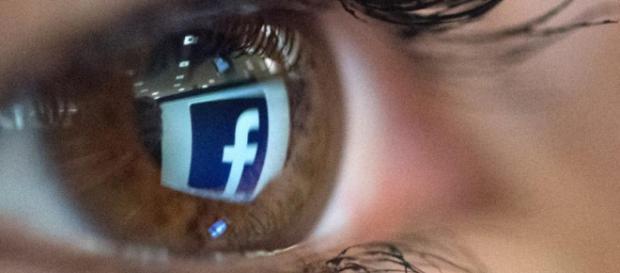 Un enorme problema envuelve a Facebook.