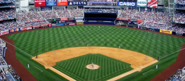Yankee Stadium upper deck. (Image source: Matt Boulton/ Wikipedia)