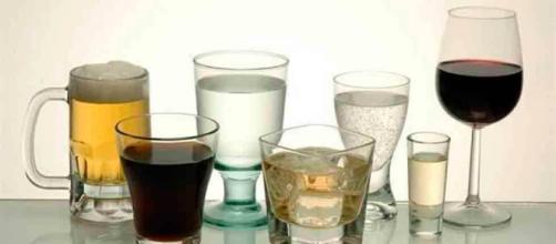 Advierten engaños en venta de alcohol.Puede que no sea tequila.