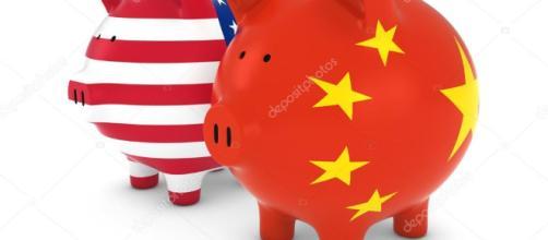 Bandiera americana e cinese, salvadanai commercio internazionale
