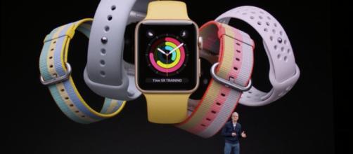 Apple Watch Series 4Aunque lo mantienen bajo perfil, la solicitud de patente ciertamente describe Face ID