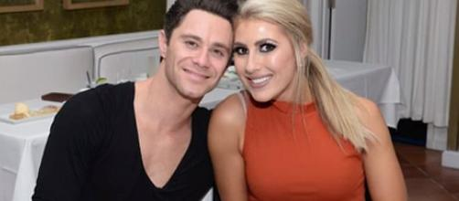 'Dancing with the Stars' pro dancers Emma Slater and Sasha Farber are married [Image: Access/YouTube screenshot]