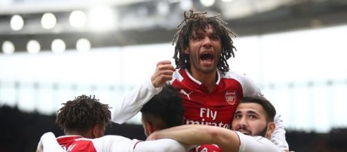 El mediocampista del Arsenal firma contrato de extensión en los Emiratos hasta 2022
