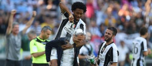 Juventus hizo efectiva la opción de compra por Juan Cuadrado.