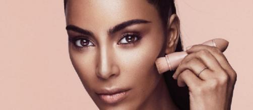 Quiere maquillarse como Kim Kardashian? Este es el tutorial hecho ... - pulzo.com