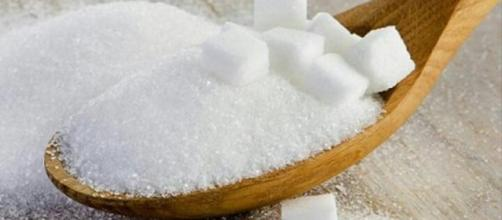 White sugar is bad for your health. Image Credit: Santos Pedro / YouTube Screenshot